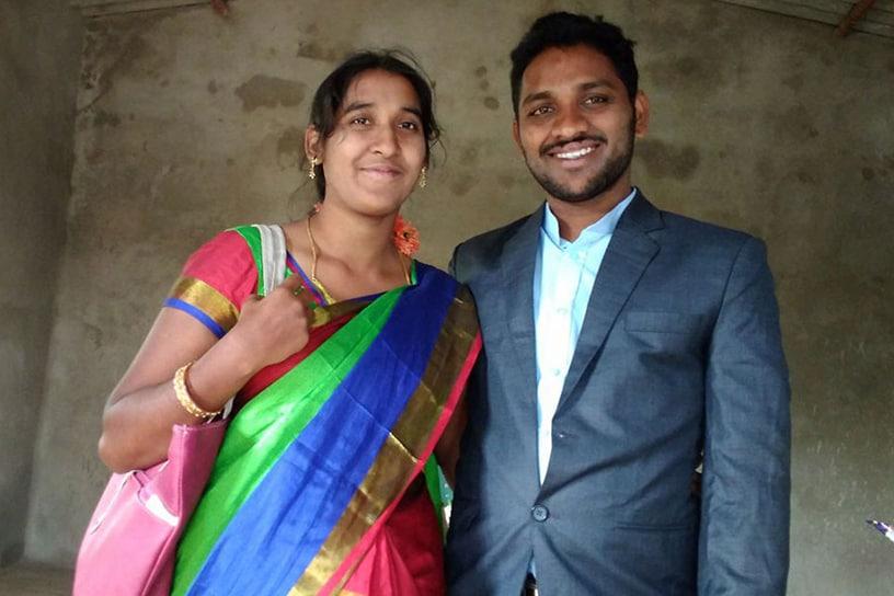 Srinu & Dharmavathi Narati
